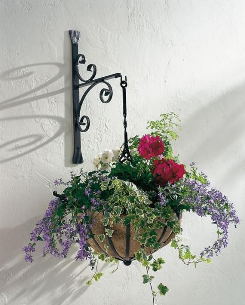 Hanging Basket mit Wandhalterung