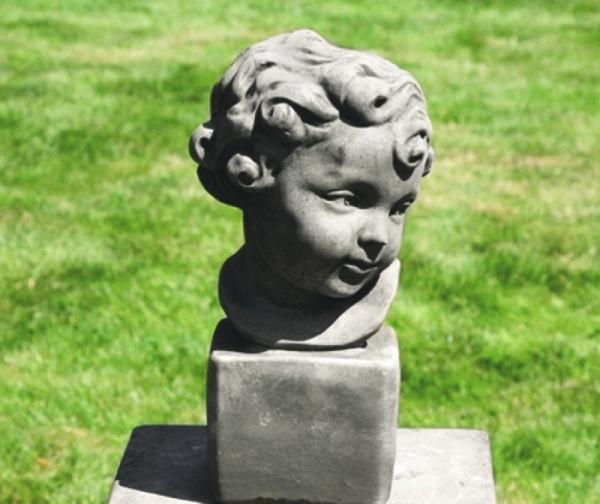 30258-Annelie-Steinfigur
