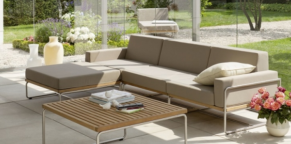 outdoor loungem bel im bauhausstil lounge tisch woodsteel sch ne dinge f r haus und garten. Black Bedroom Furniture Sets. Home Design Ideas