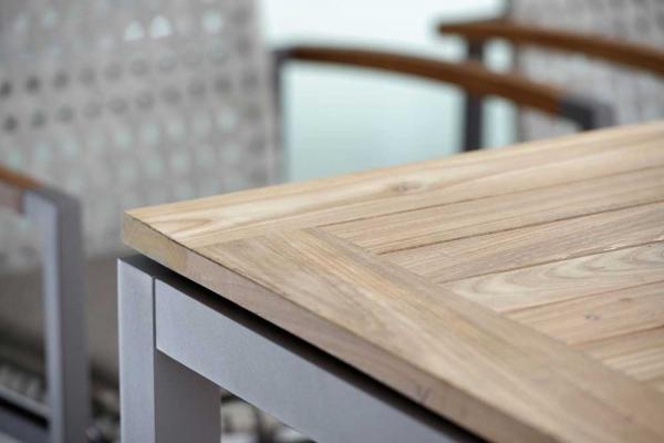 Gartentisch mit Teakholz Platte