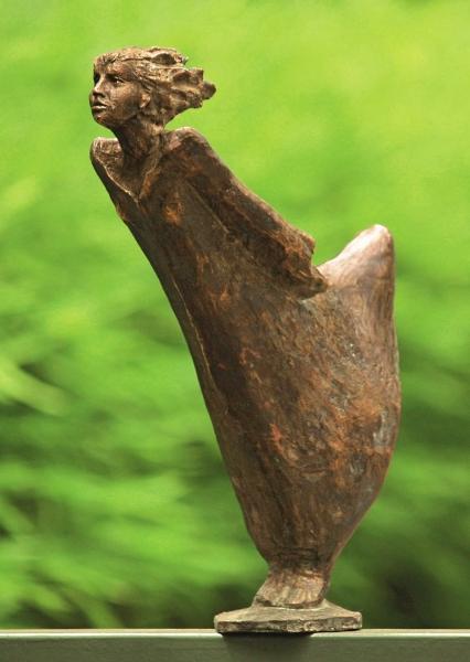 Lisa im Sturm, Bronzeskulptur