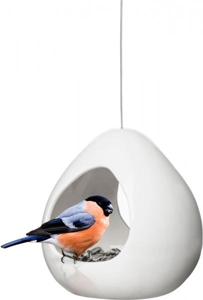 32132-Vogelfutterhaus-aus-Keramik-Ambiente