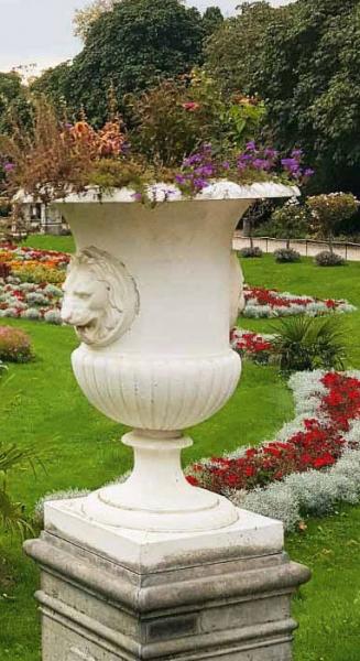 94639-Grosse-Vase-Art-Medici-Loewenkopf