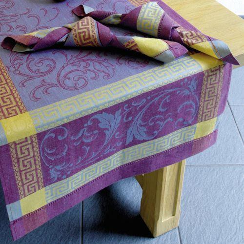 tischdecken und servietten f r eine perfekte tafel. Black Bedroom Furniture Sets. Home Design Ideas