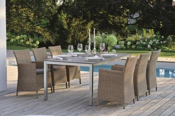 11777 Tisch mit Tischplatte in Holzoptik, 160 cm