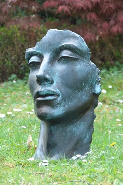94717-Maennergesicht-Bronzeoptik