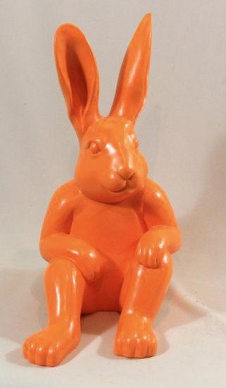 94628-Hockender-Hase-orange