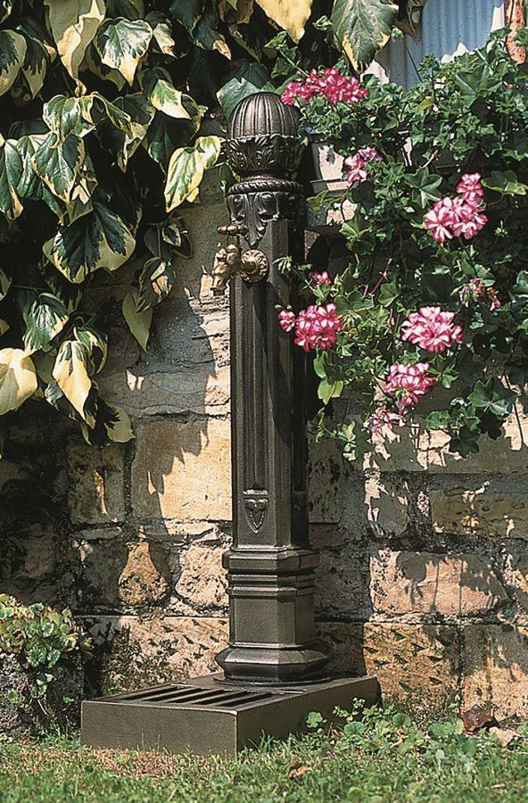 standbrunnen griffon aus eisenguss gefertigt woodsteel sch ne dinge f r haus und garten. Black Bedroom Furniture Sets. Home Design Ideas